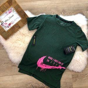 NWT Nike Breathe Dri-Fit Shirt with Pink Swoosh
